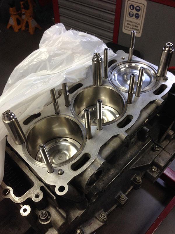 Turbo Engine Build Img on Porsche 4 Cylinder Engine